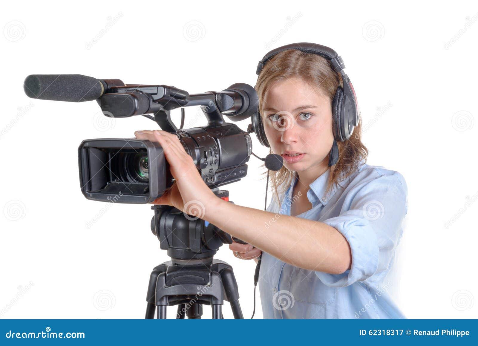Jeune Femme Avec Une Caméra Vidéo Et Un é