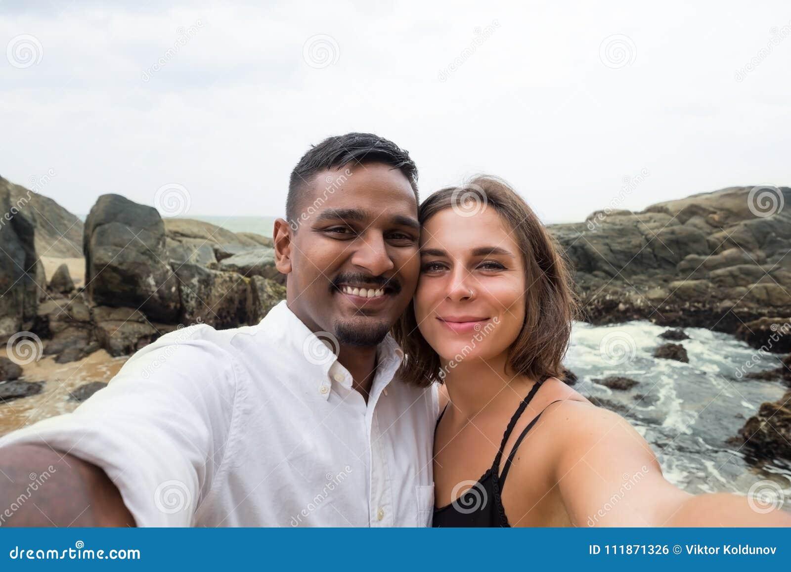 les femmes sri lankaises datant meilleures rencontres en ligne QLD
