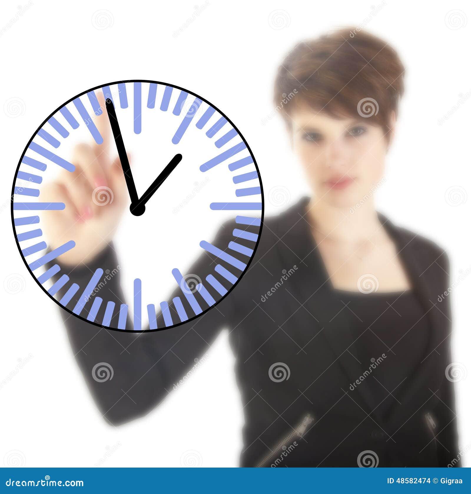 Jeune femme d affaires avec l horloge d isolement