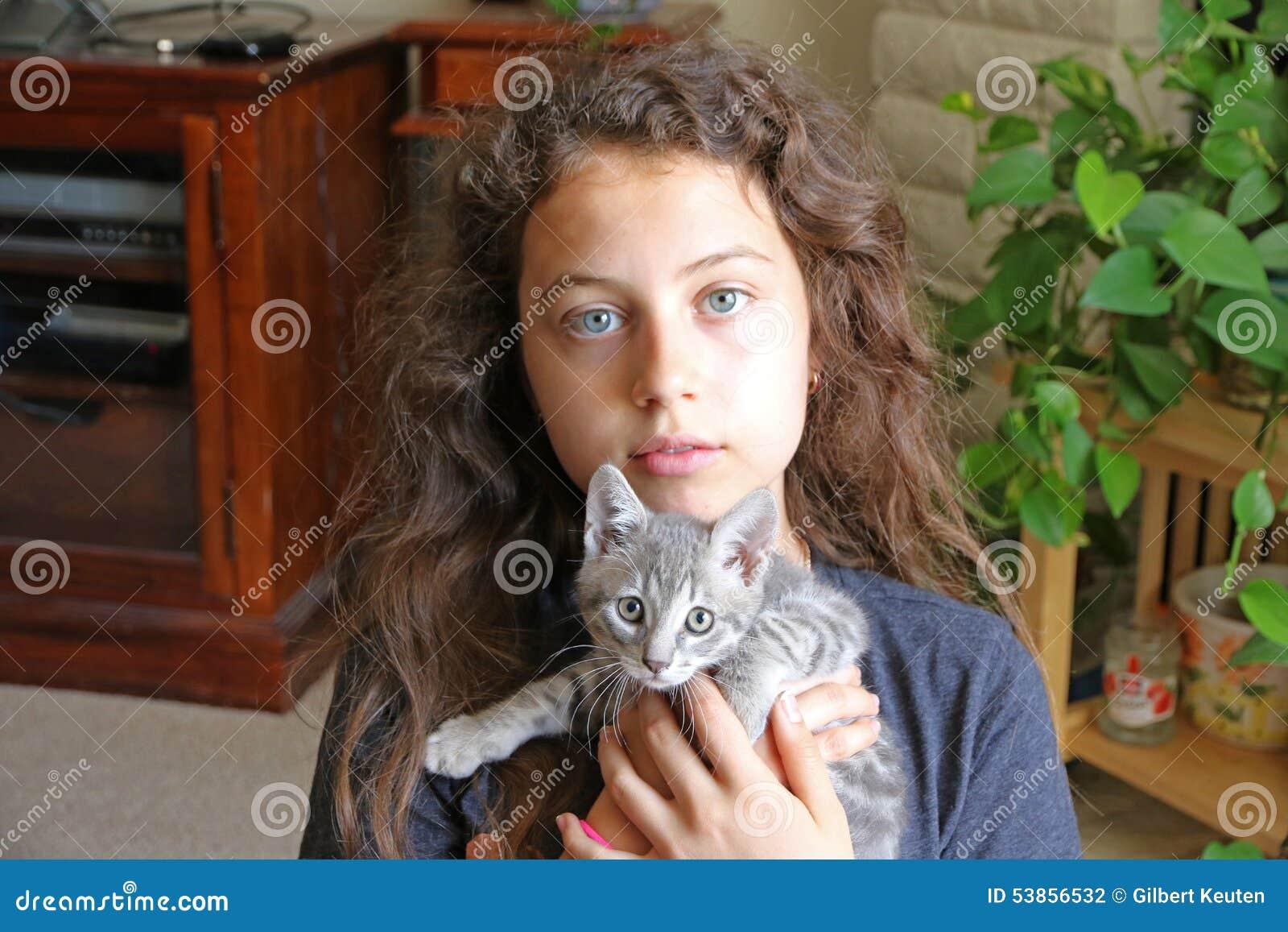 Chat avec de fille