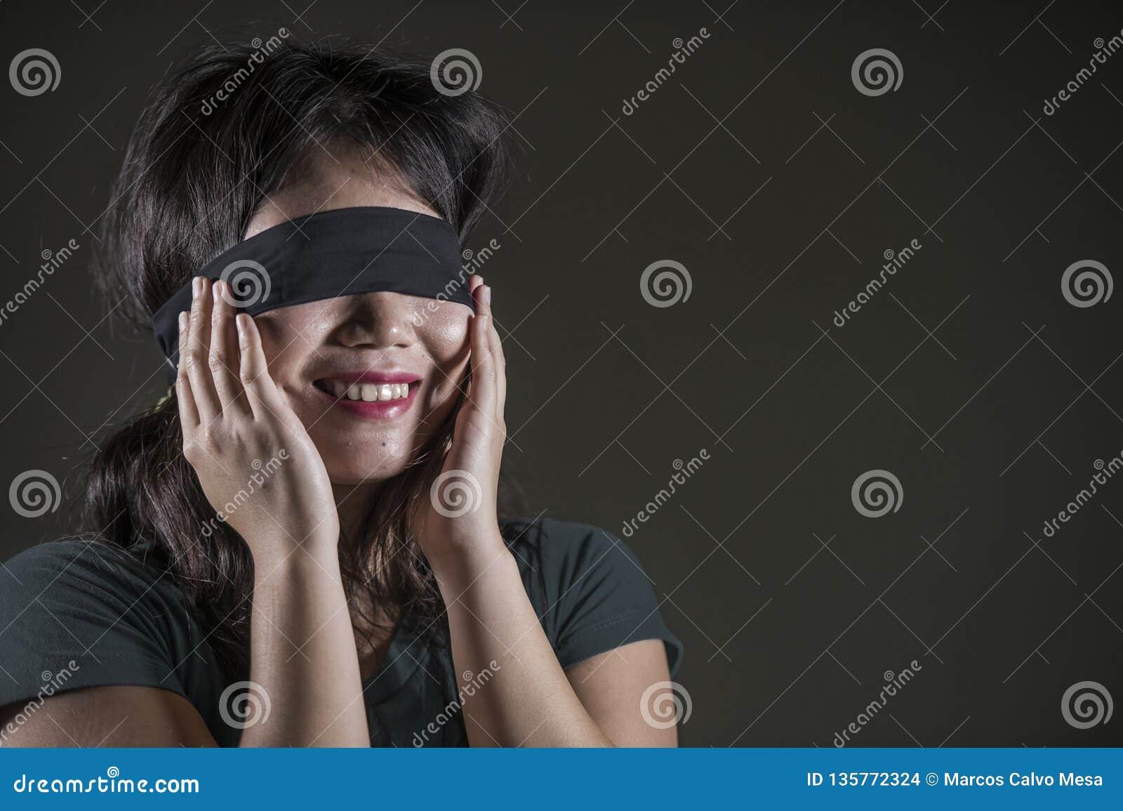fille coréenne datant blanc Guy kenyan Dating Club 5001