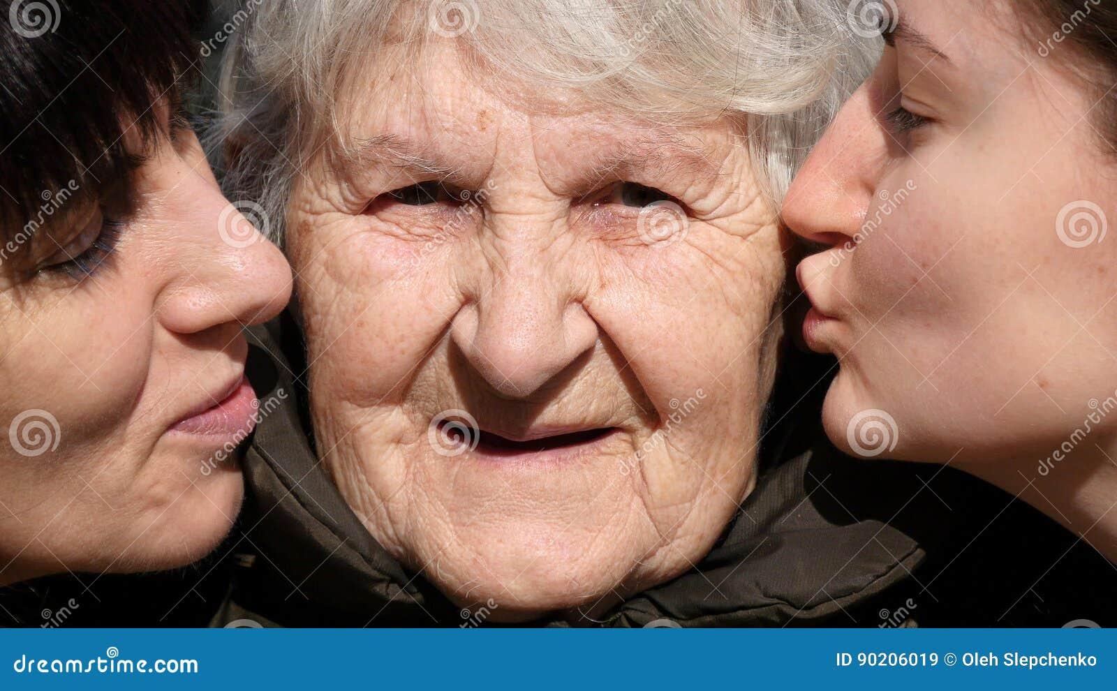 Fille et mere amour a trois [PUNIQRANDLINE-(au-dating-names.txt) 52