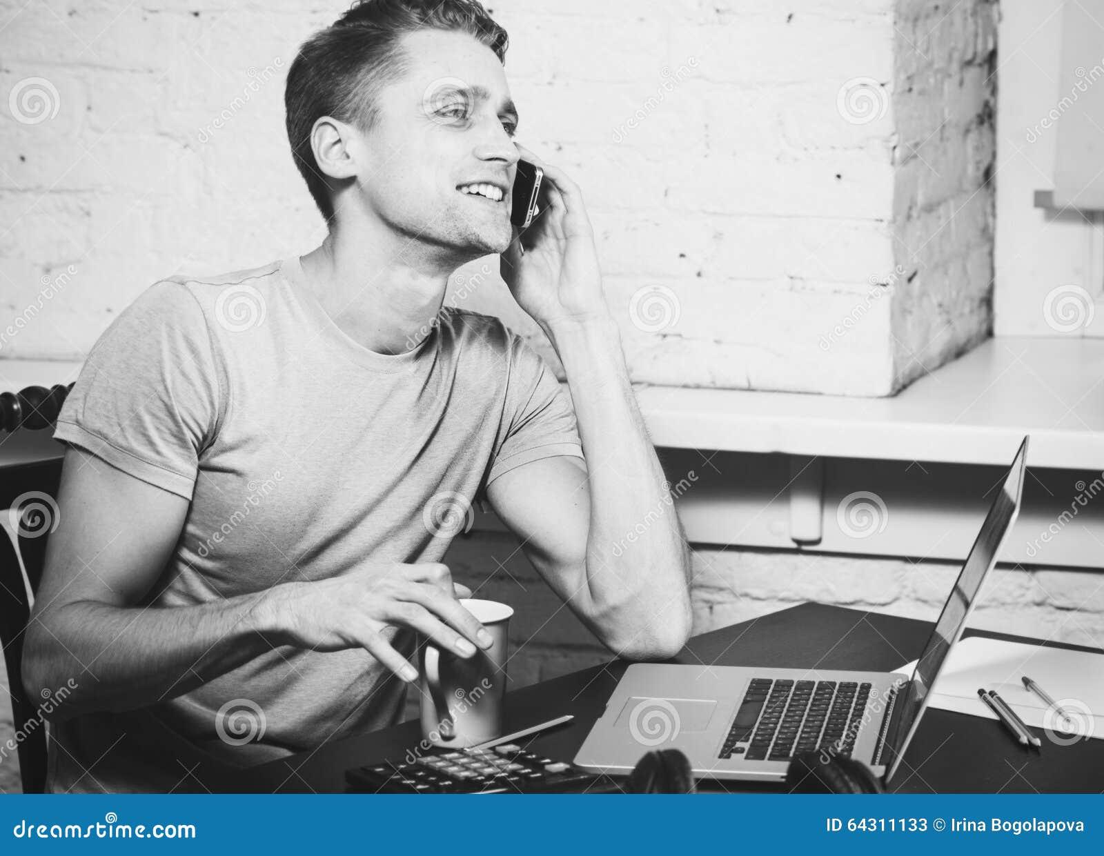 Jeune homme cherche travail