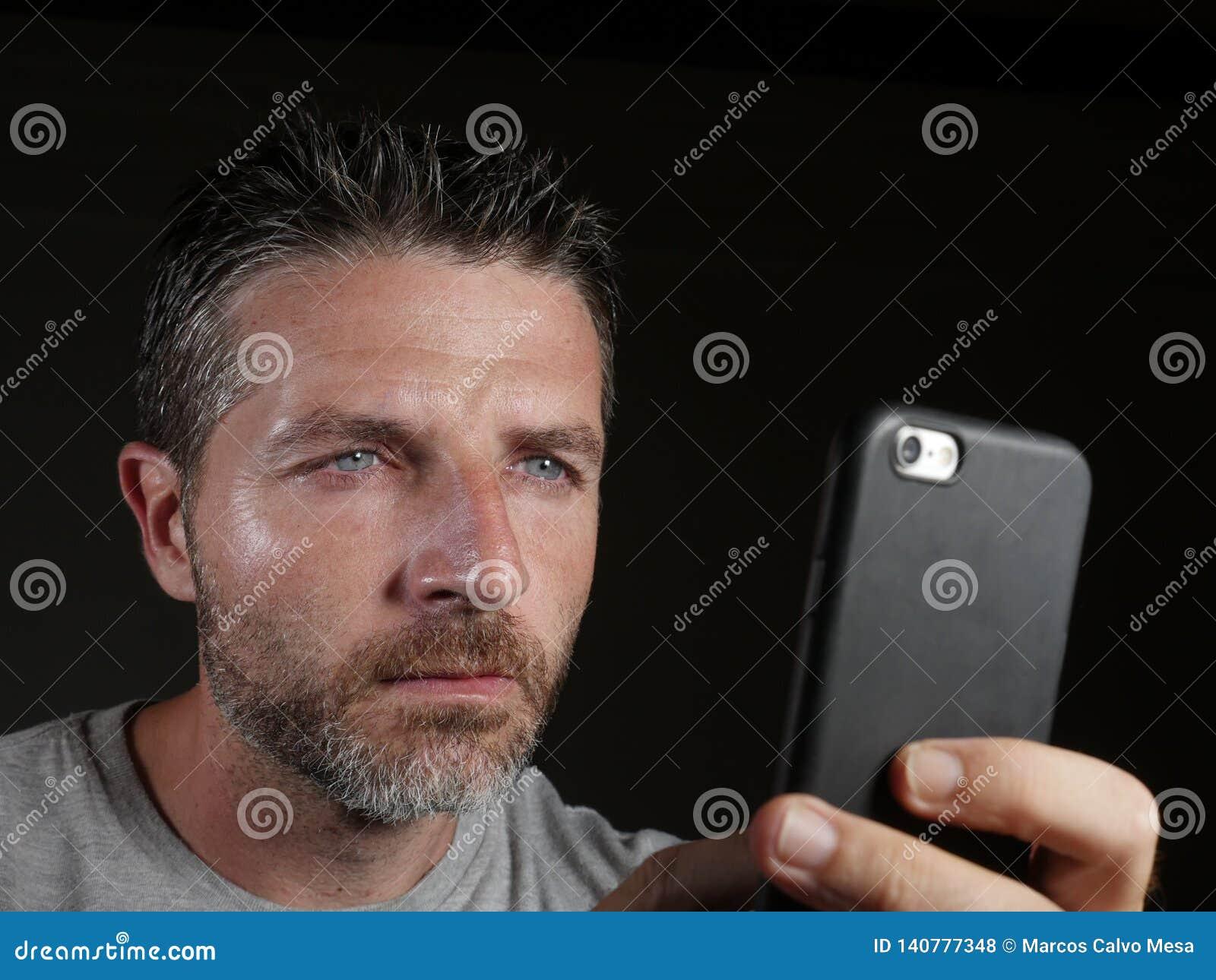 Gratuit en ligne téléphone mobile datant