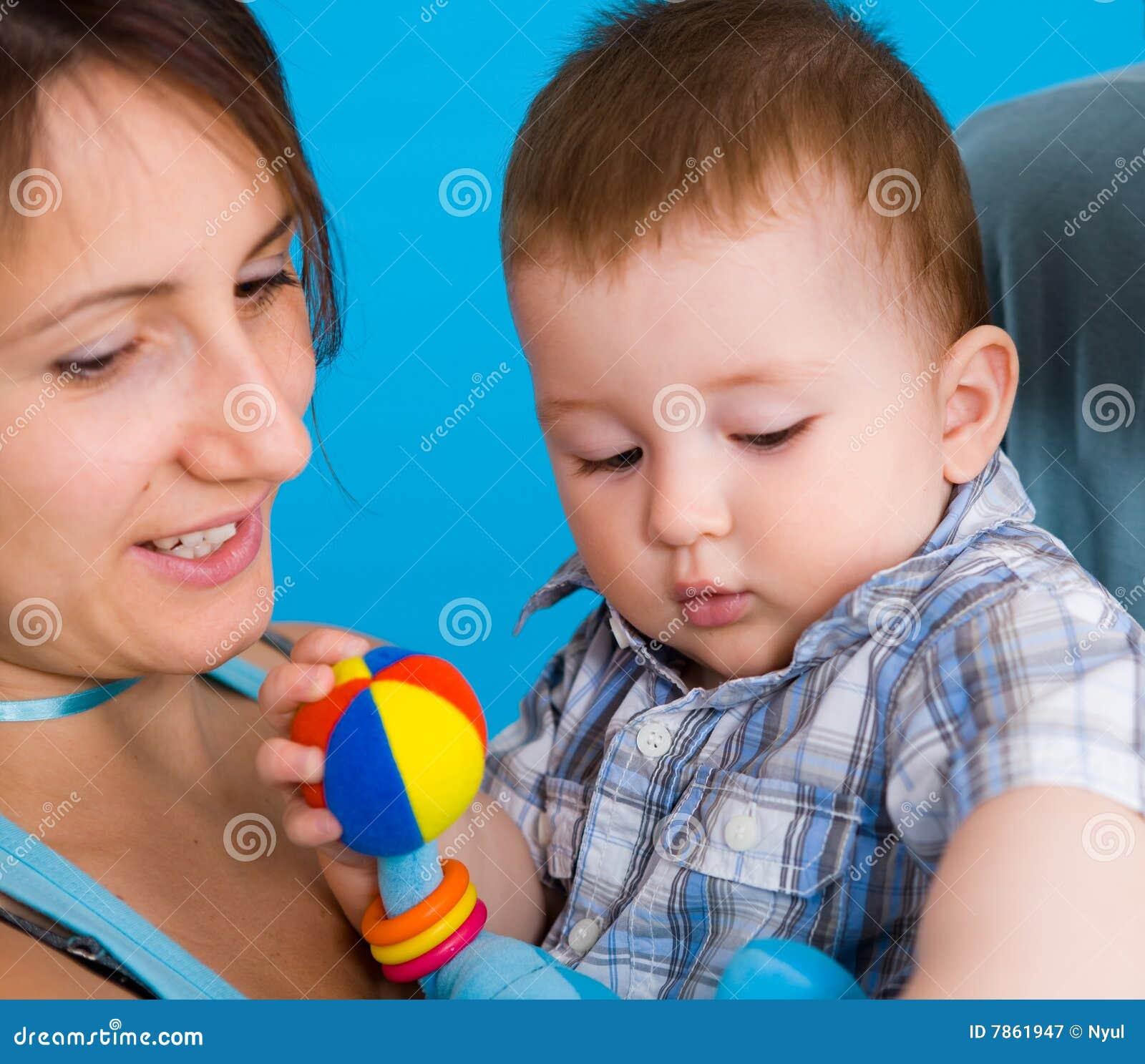 Jeunes de mère de chéri