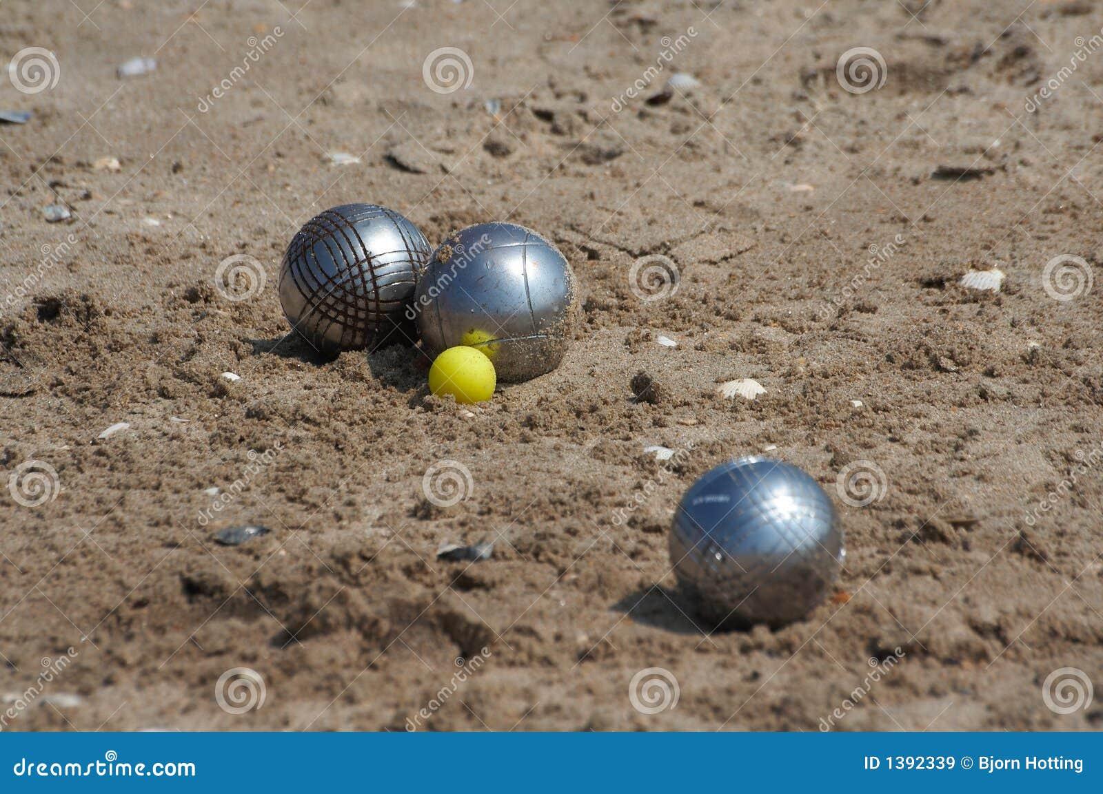 jeux de boules royalty free stock images image 1392339