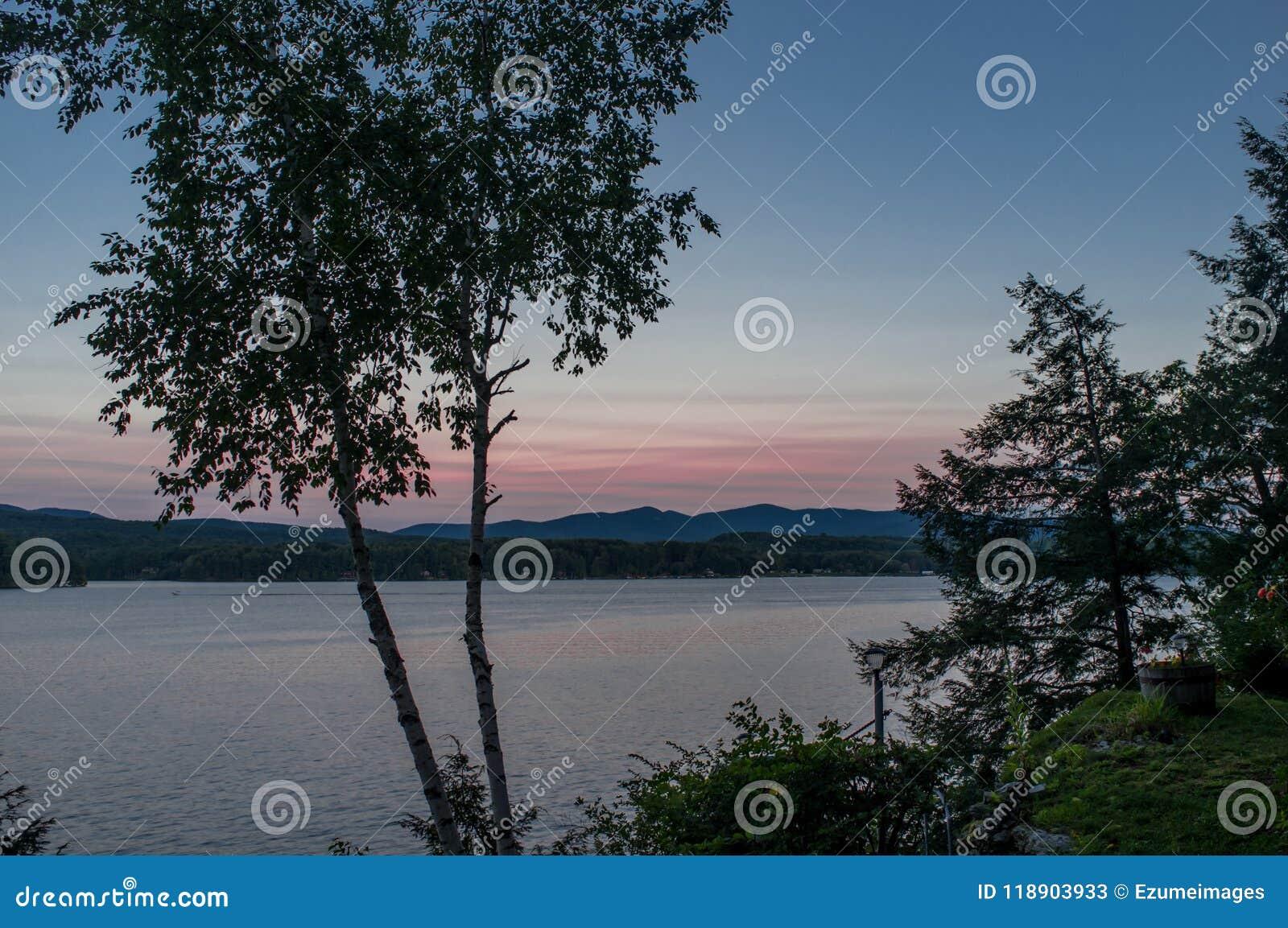 Jeziorna Bomoseen błękita godzina