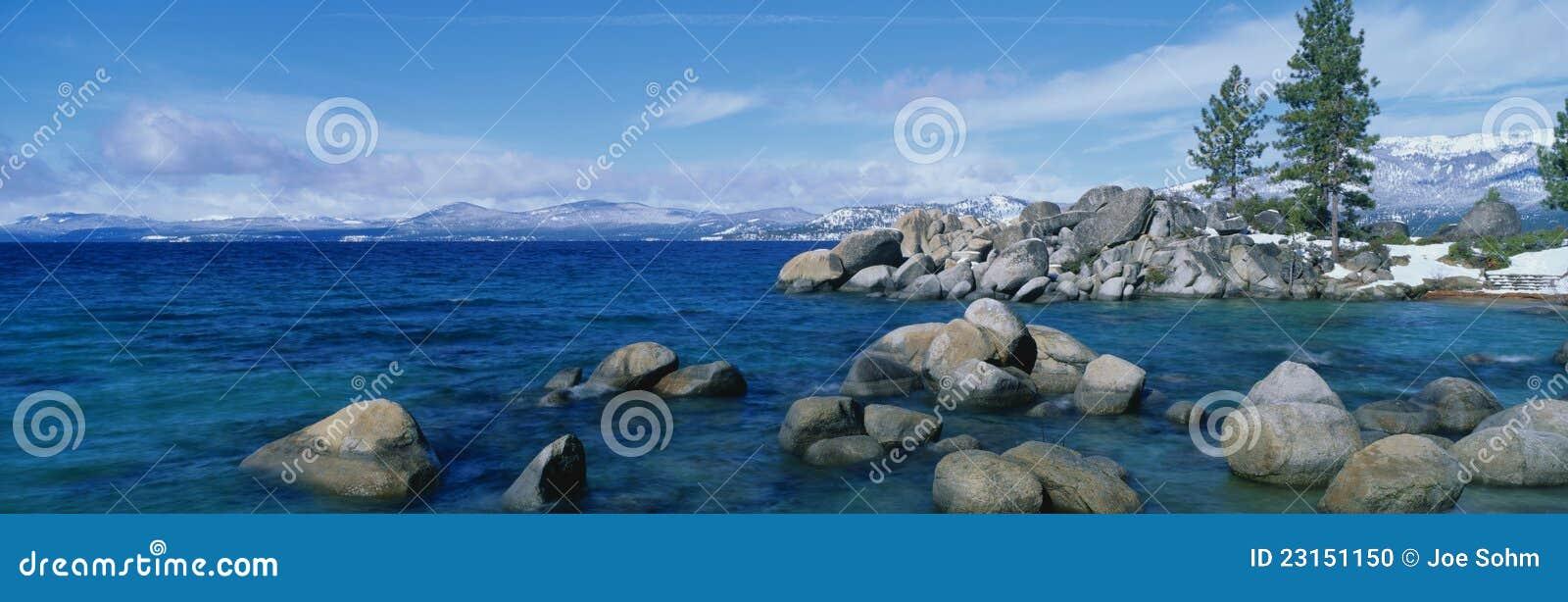 Jeziorny Tahoe, CA w zima