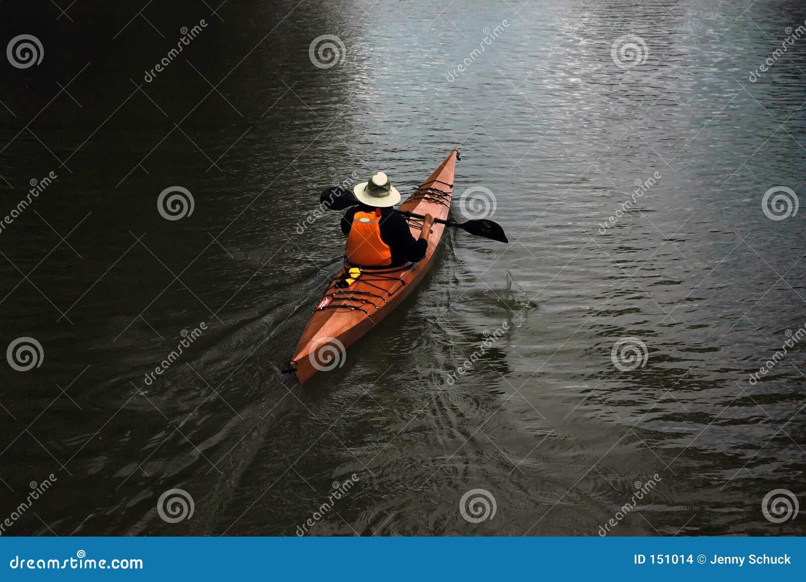 Jezioro canoing człowieku