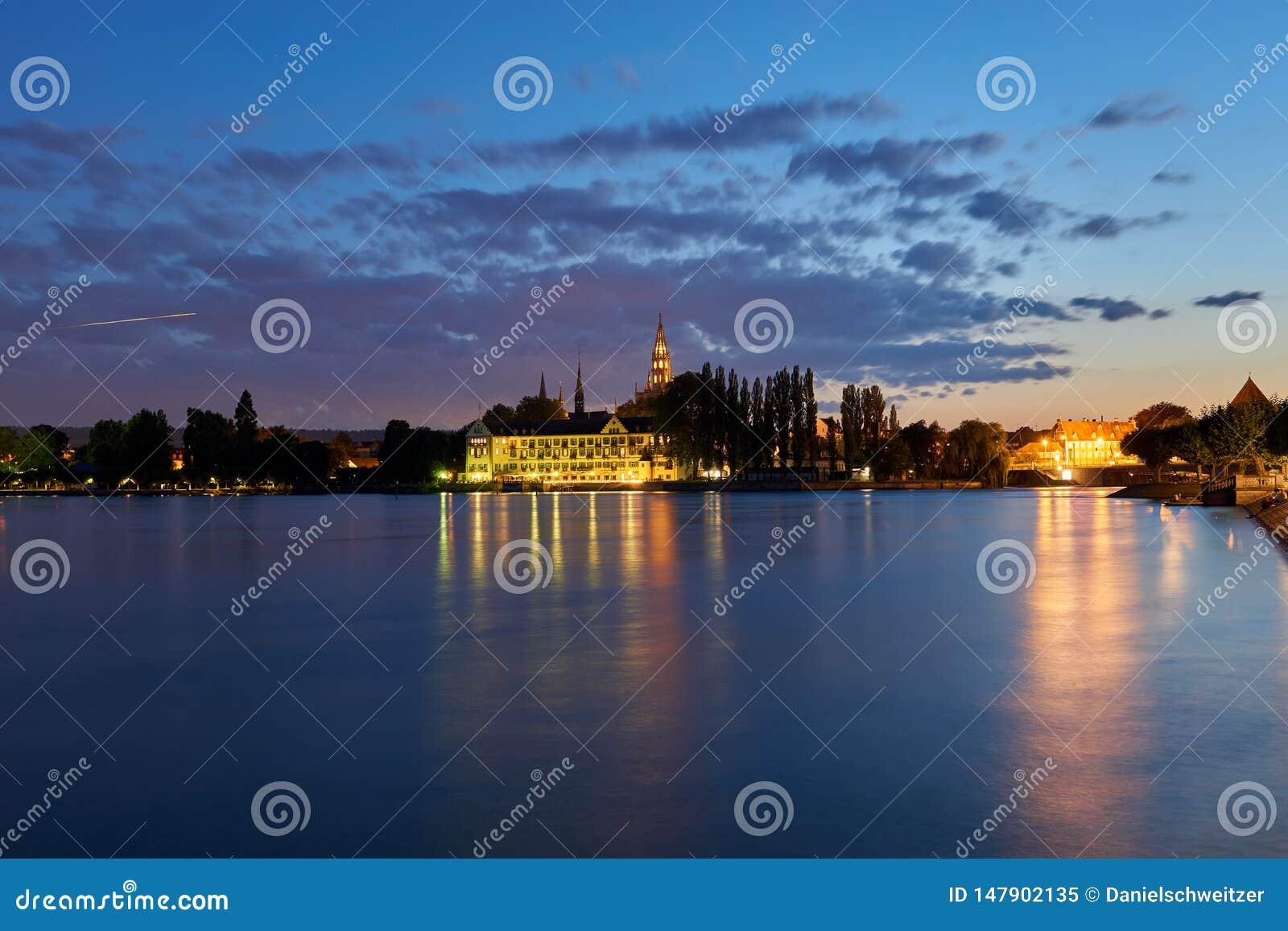 Jezioro Constance, patrzeje miasto, hotel katedra