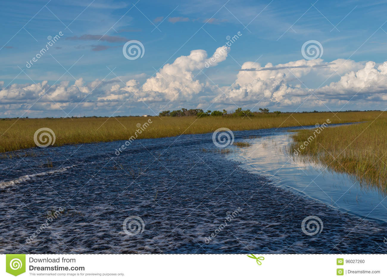 Jezioro w błota safari parku