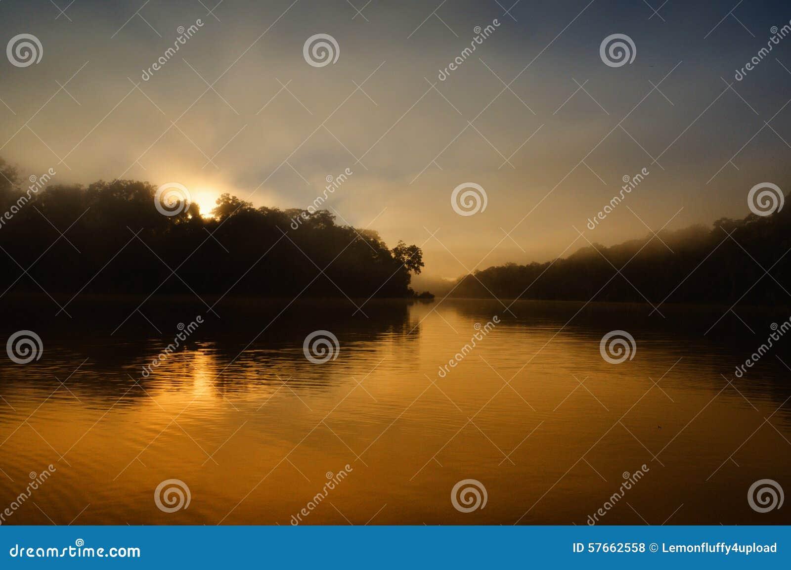 Jezioro w manu dżungli, Peru