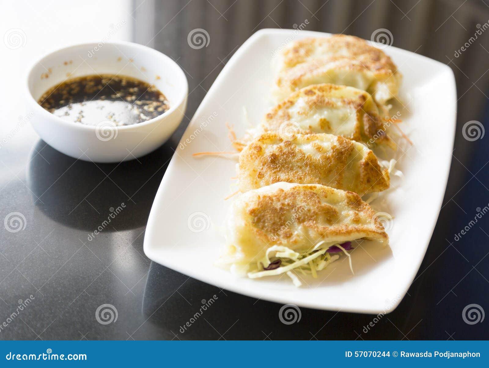 Jiaozi of gyoza, Chinese bol