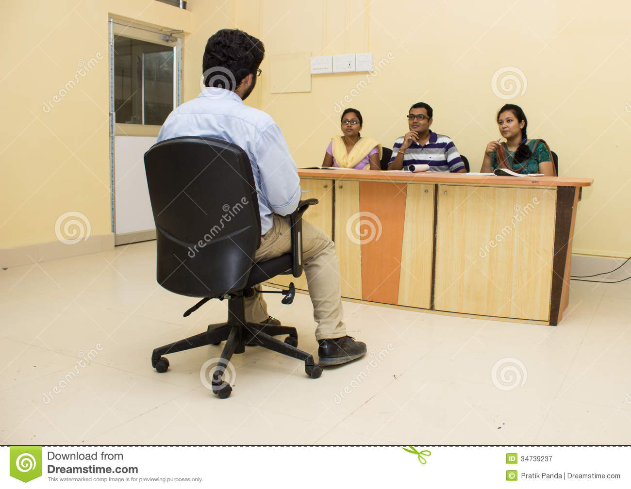 M S Interview Student Room
