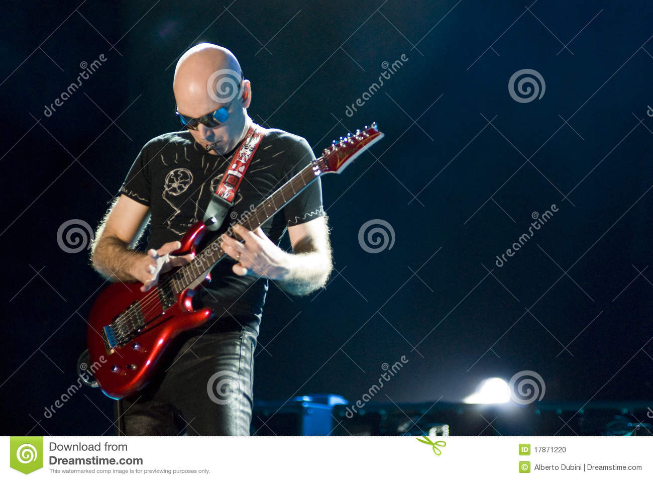 joe satriani in concert editorial image image 17871220. Black Bedroom Furniture Sets. Home Design Ideas