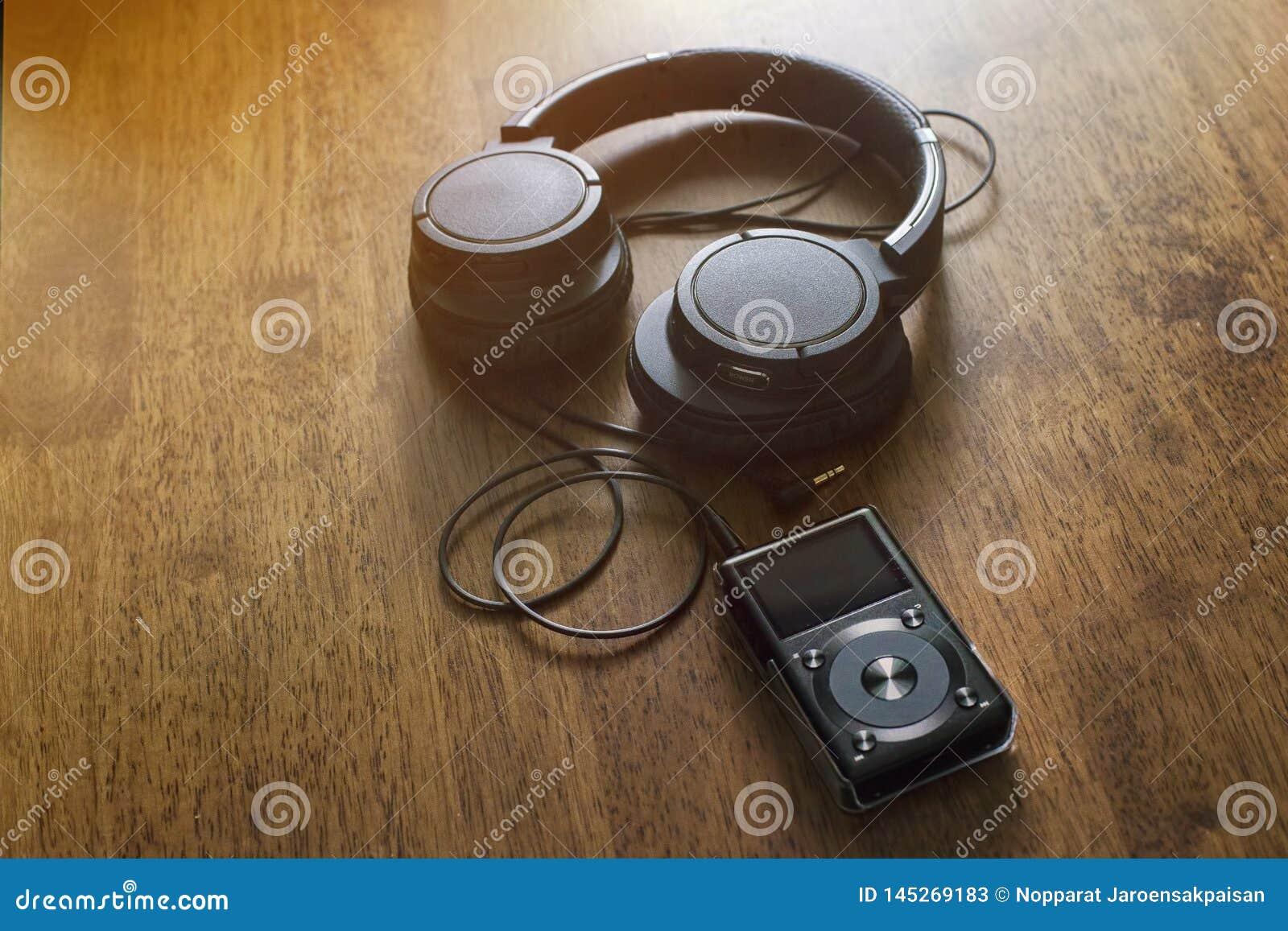 Jogador de música Mp3 com fones de ouvido