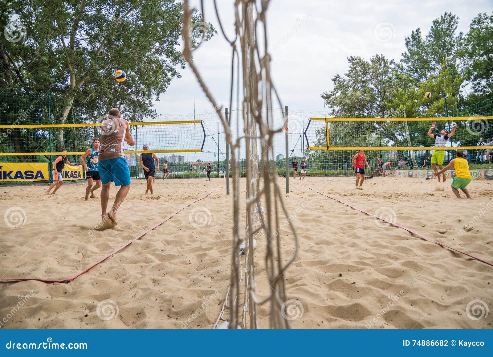 Jogadores no competiam do voleibol de praia