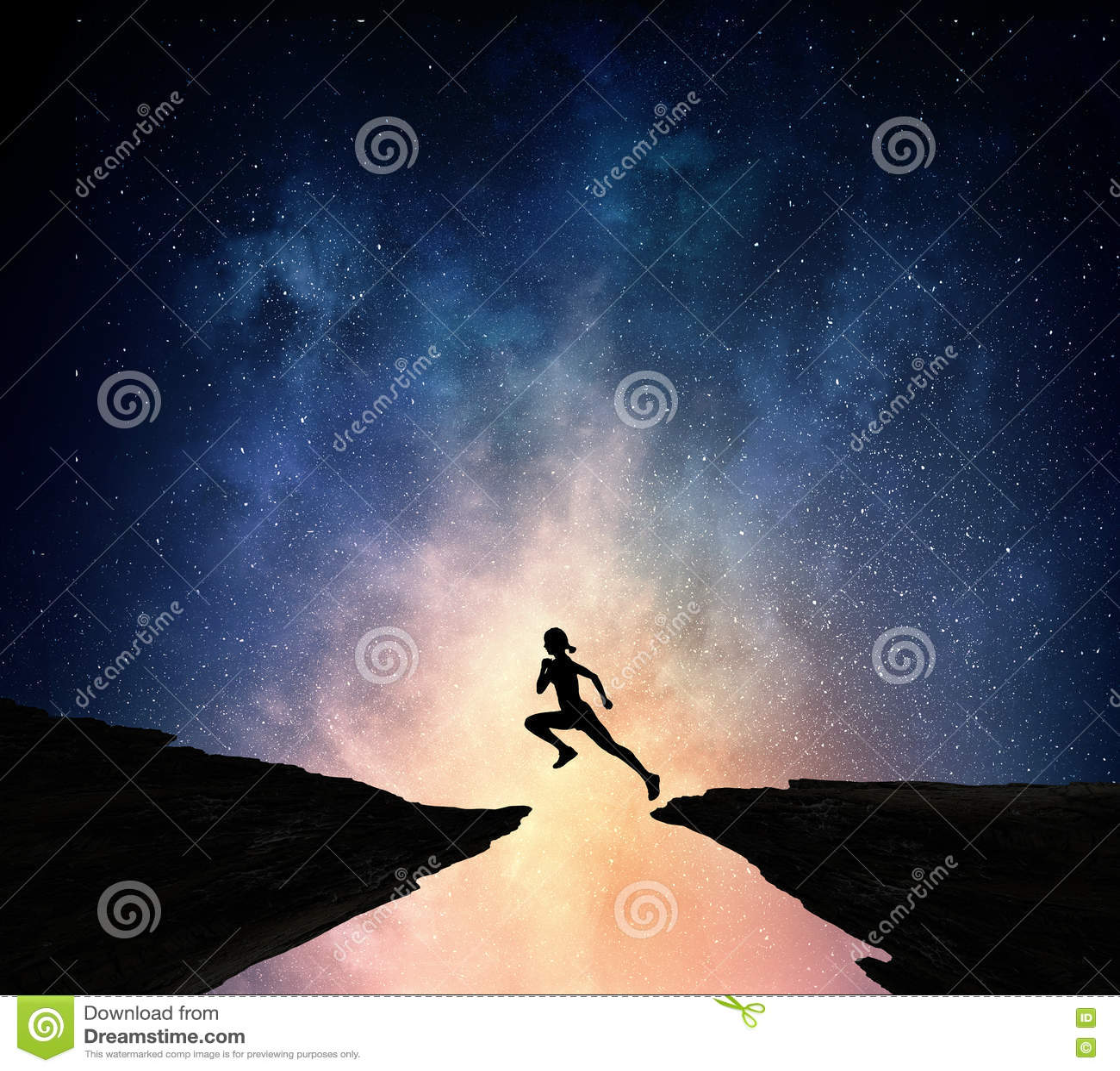 Jogger бежать на ноче Мультимедиа