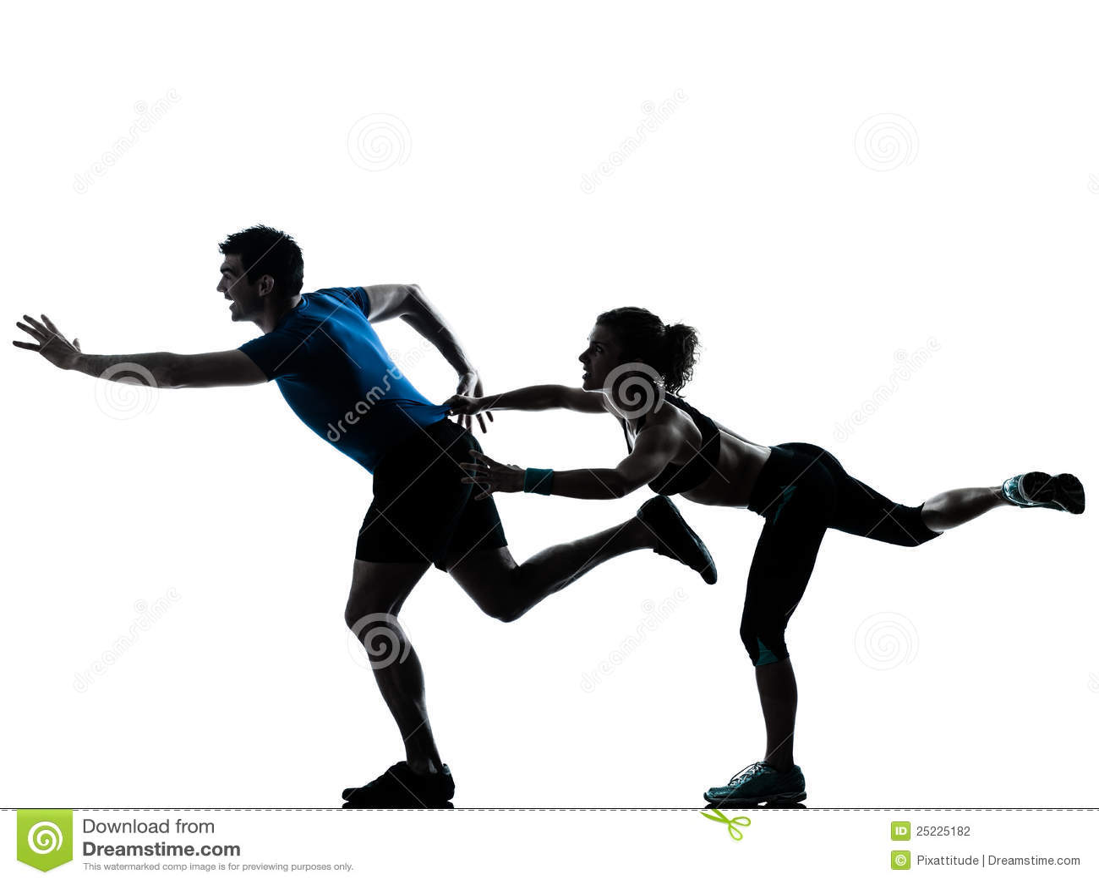 Jogging τρέξιμο δρομέων ανδρών που τρέχει γρήγορα τη γυναίκα