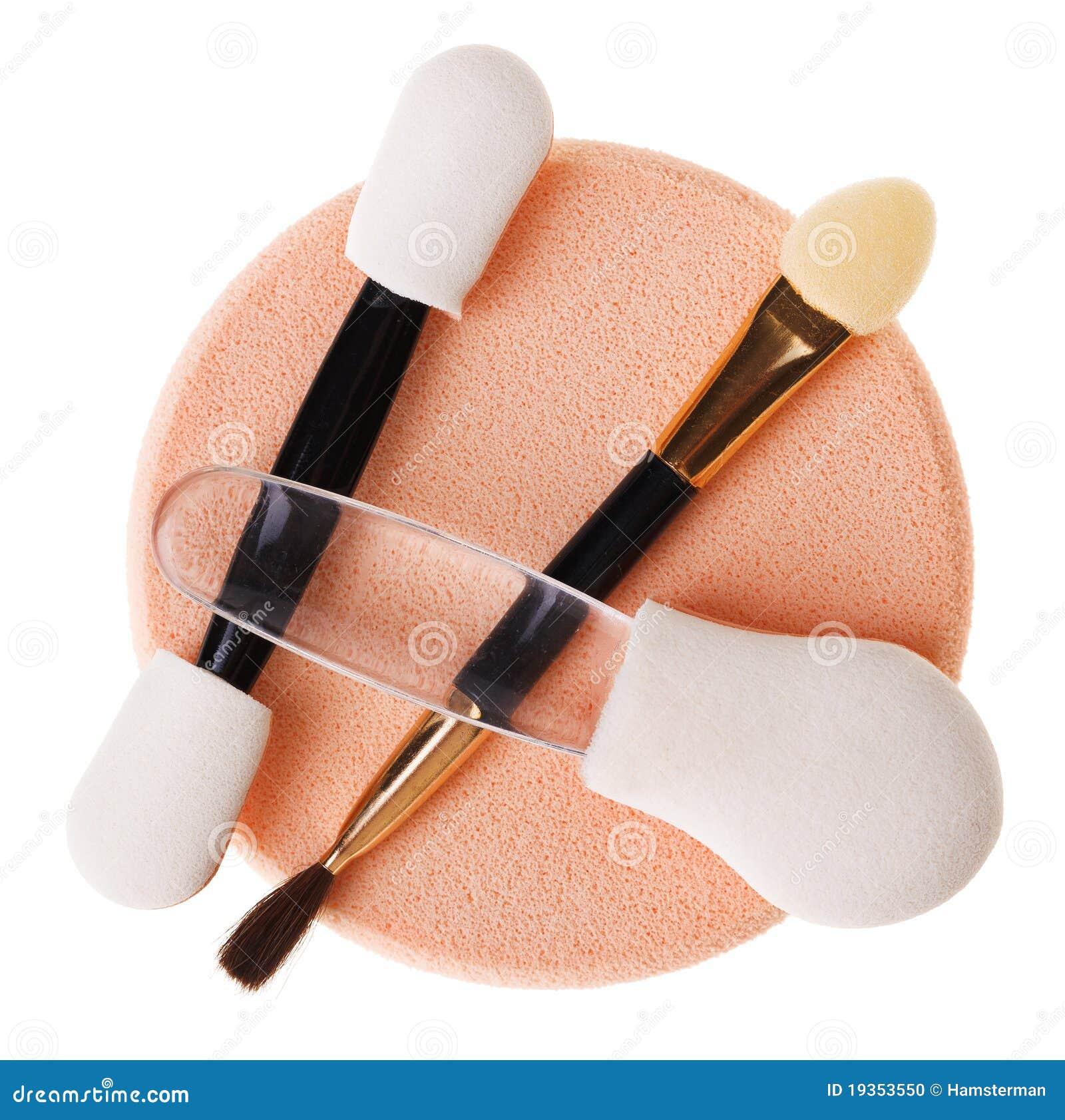 Jogo da esponja e da escova diferentes da composição