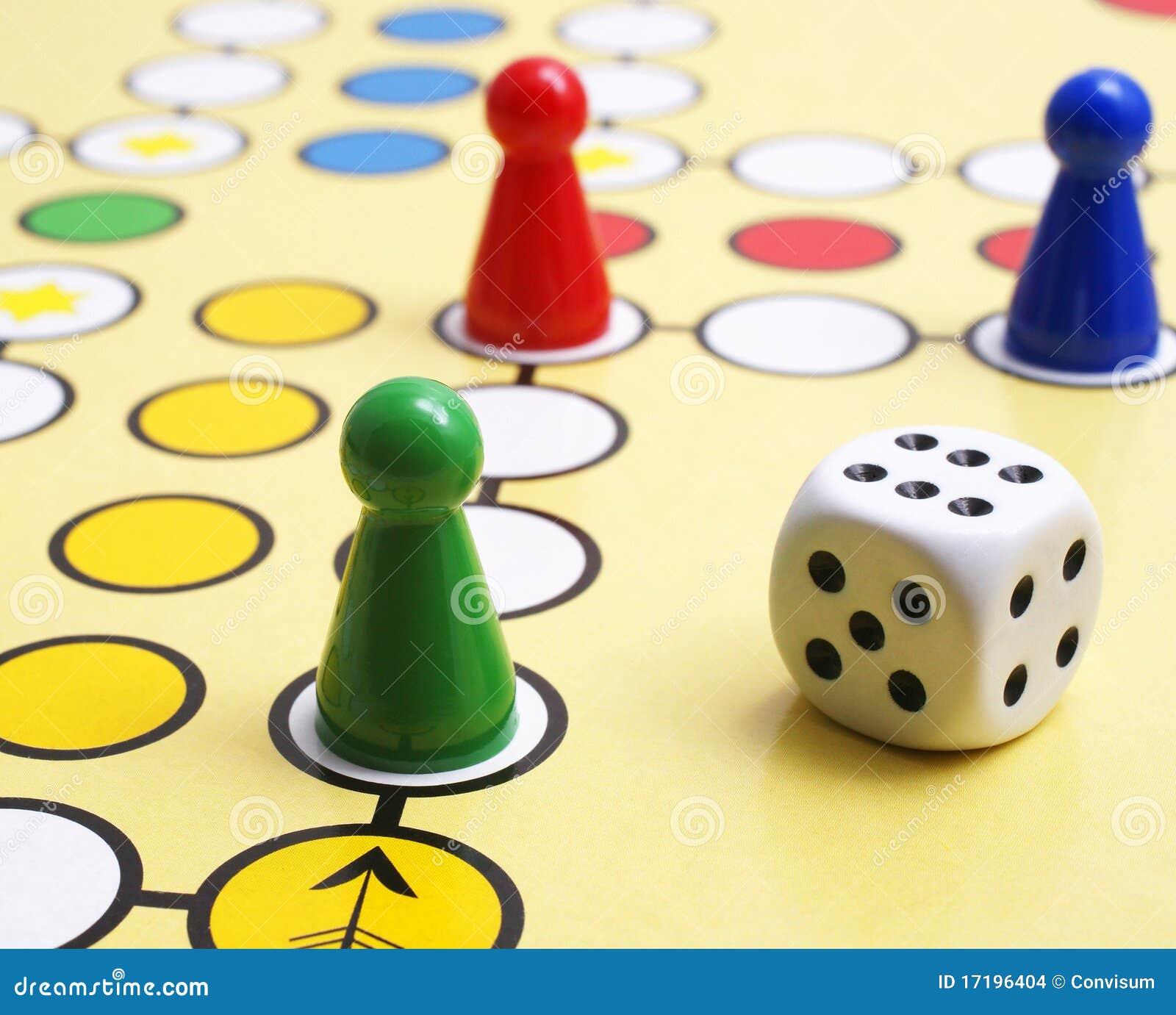 Jogo de mesa e dados