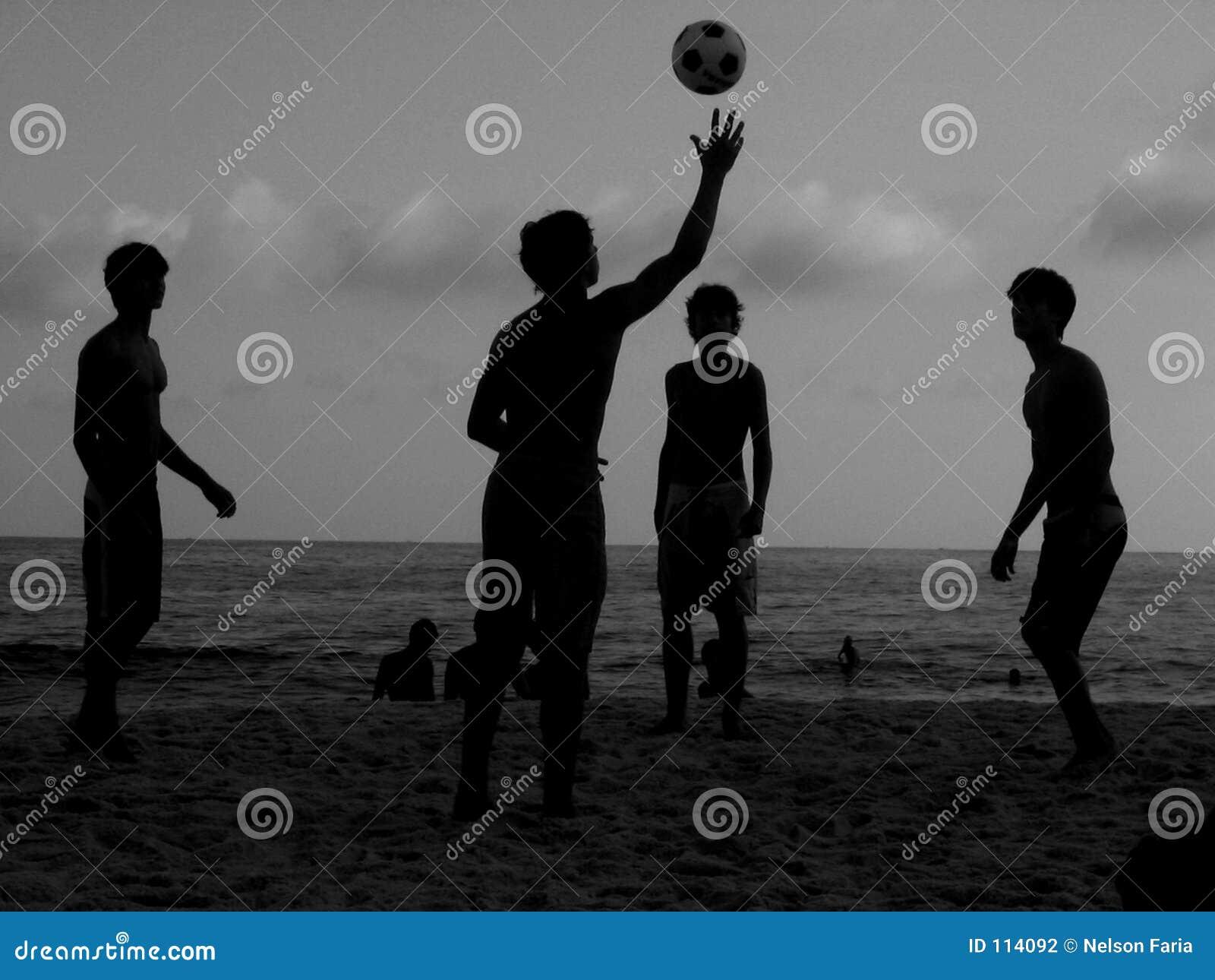Jogo na praia