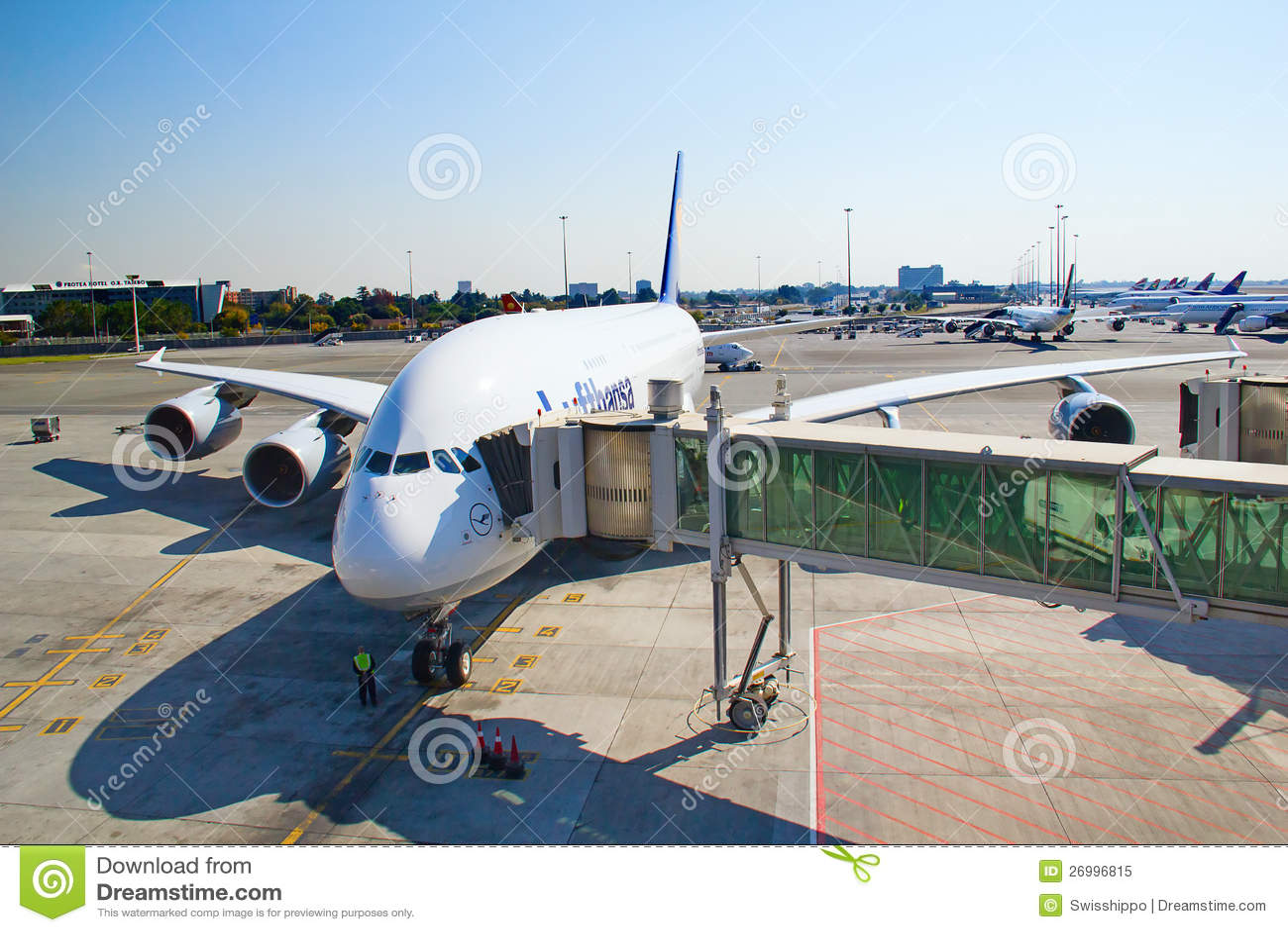 Aeroporto Johannesburg : Johannesburg tambo airport editorial image of