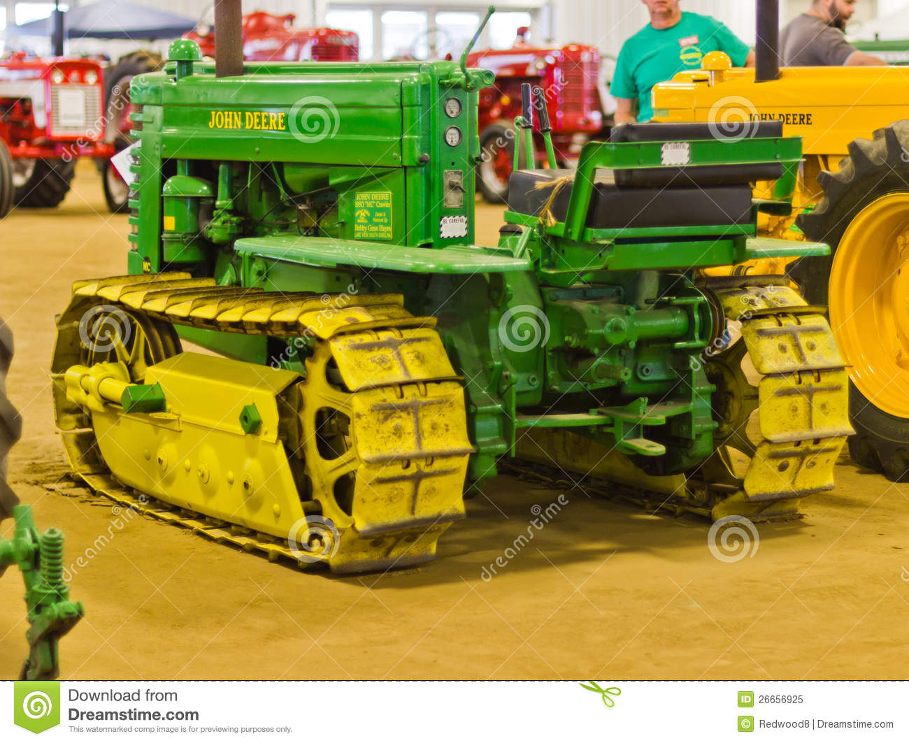 Old Antique Jd Crawlers : John deere crawler tractor editorial image of