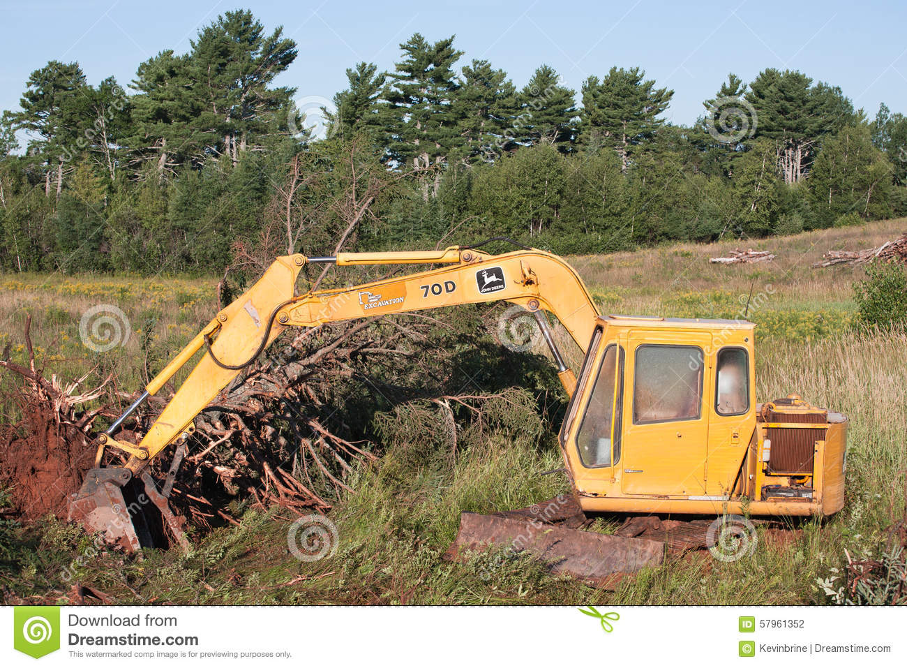 c0710124db67 John Deere Excavator editorial photography. Image of land - 57961352