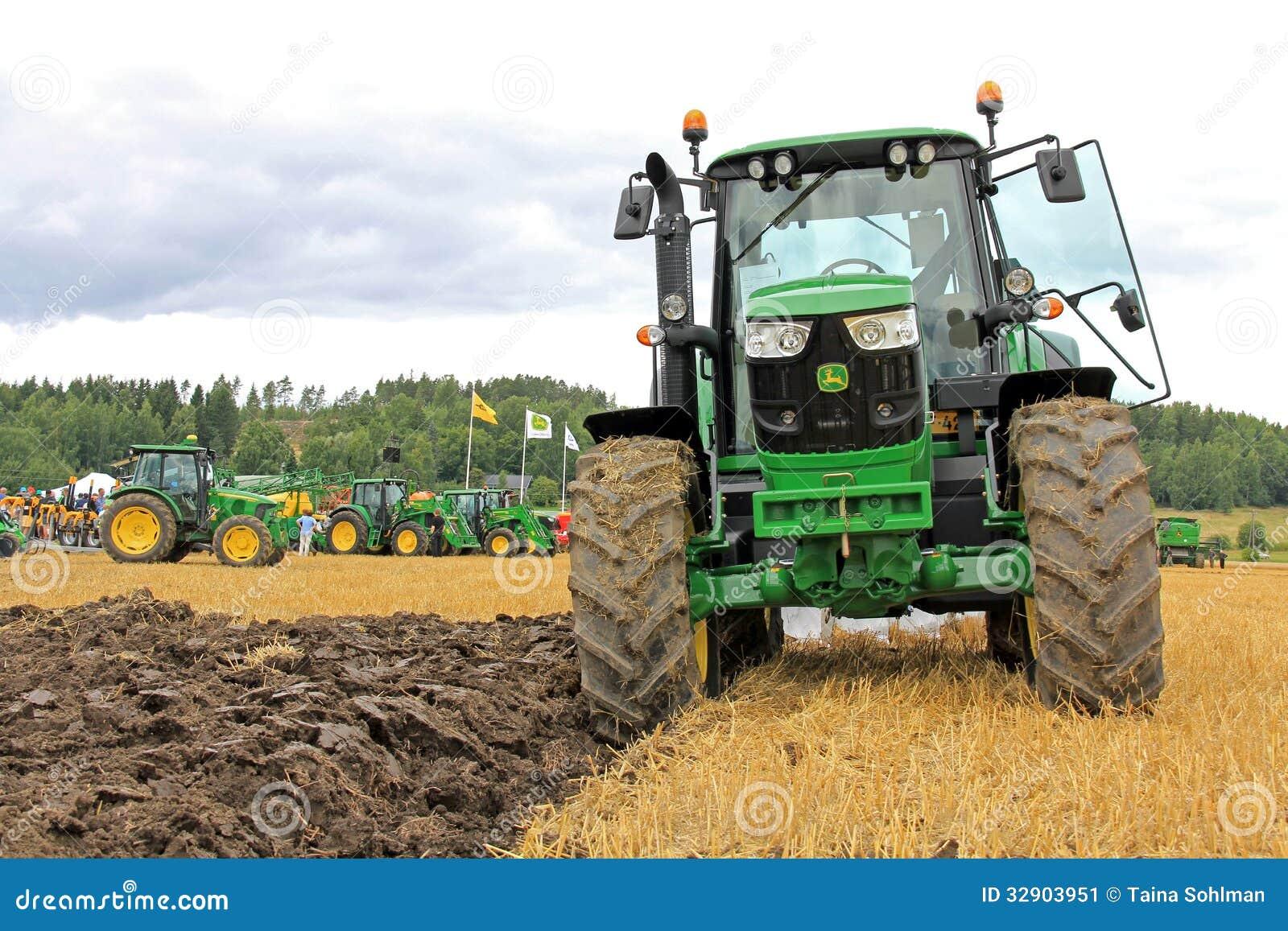 John deere 6150m agricultural tractor dans le salon de l - Salon de l agriculture machine agricole ...
