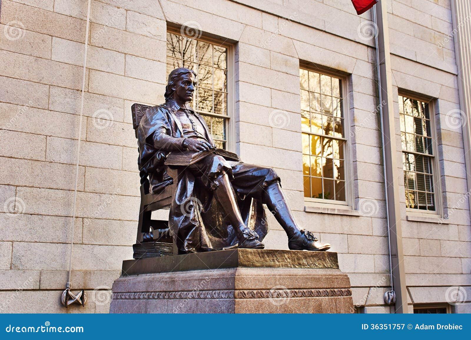 John Harvard-Statue