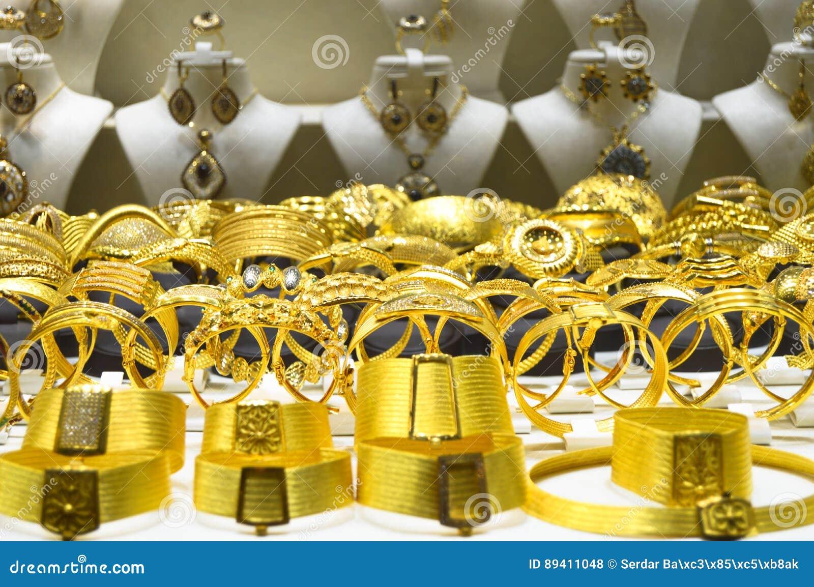 Joia do ouro no bazar grande