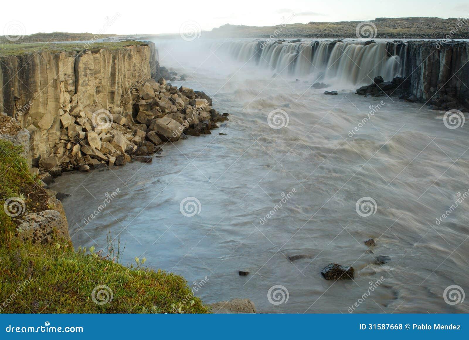 Jokulsa A Fjollum River In Jokulsargljufur National Park, Iceland