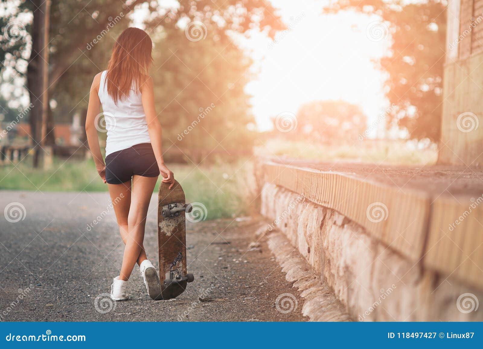 Jolie fille de patineur