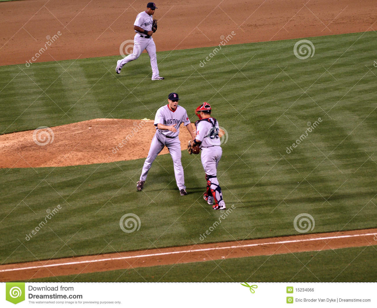 Jonathan Papelbon reaches out hand to catcher