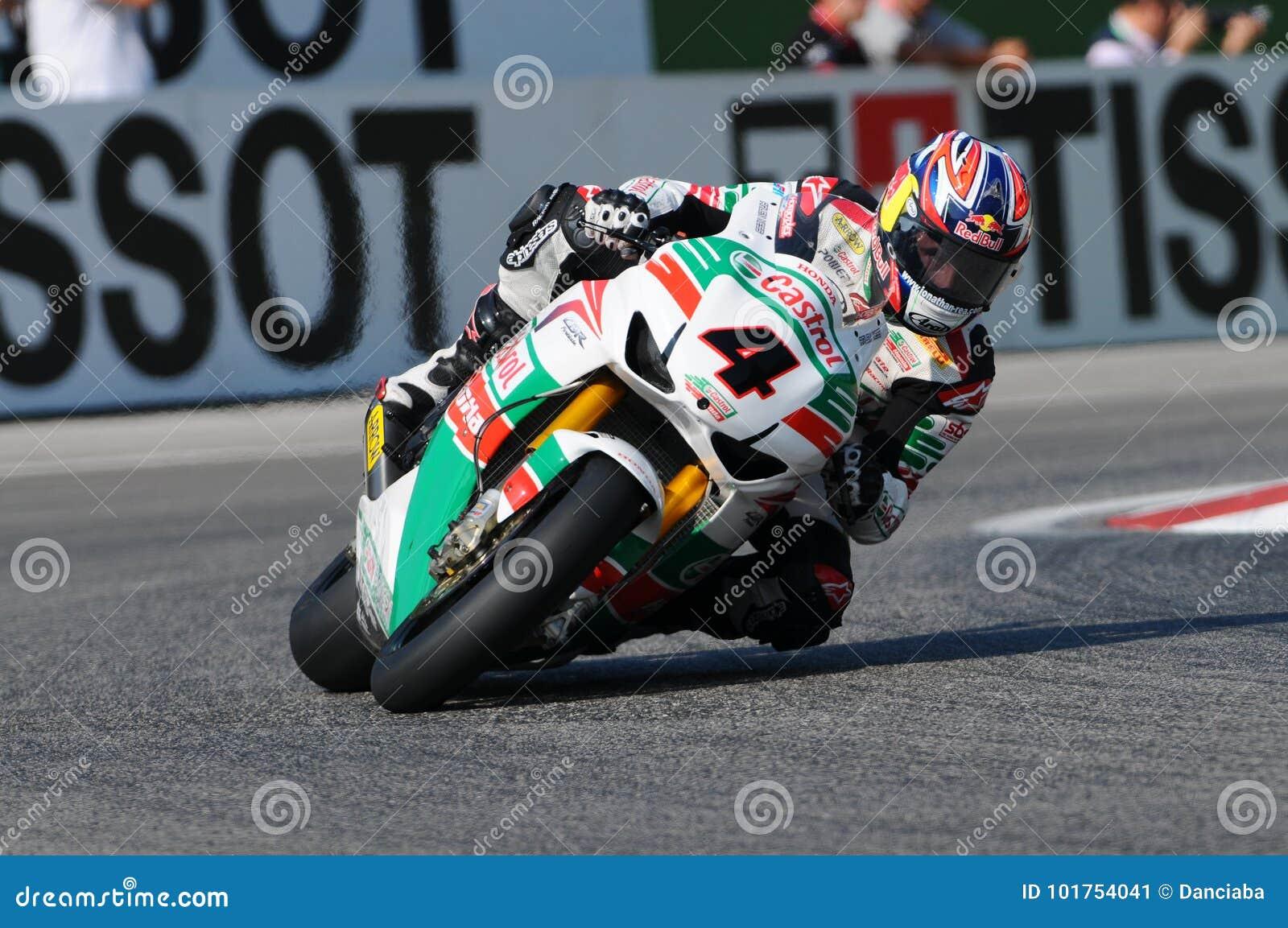 Jonathan Rea GBR Honda CBR1000RR Castrol Honda w akci podczas Superbike Ćwiczy w Imola obwodzie