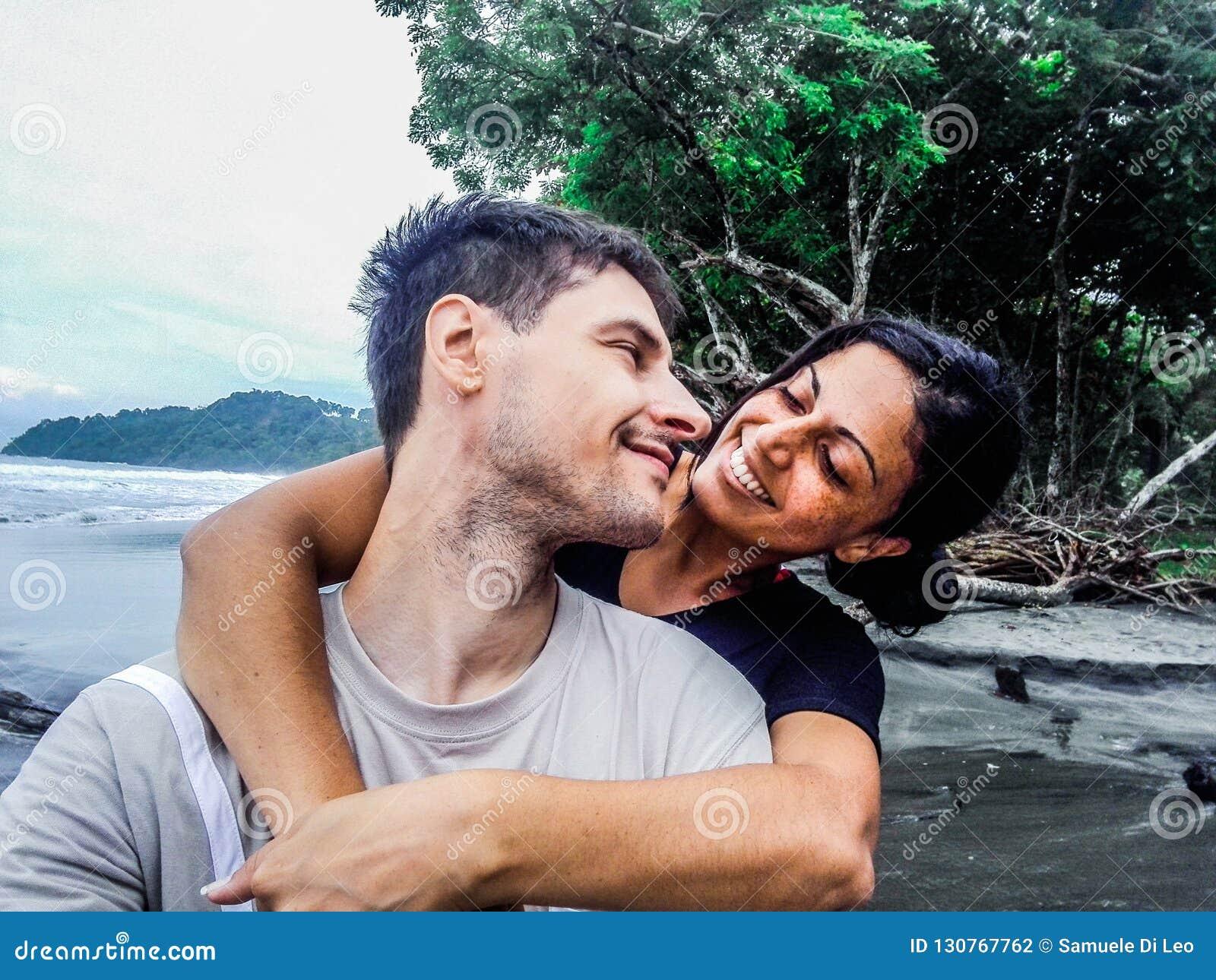 Jong Gelukkig Paar