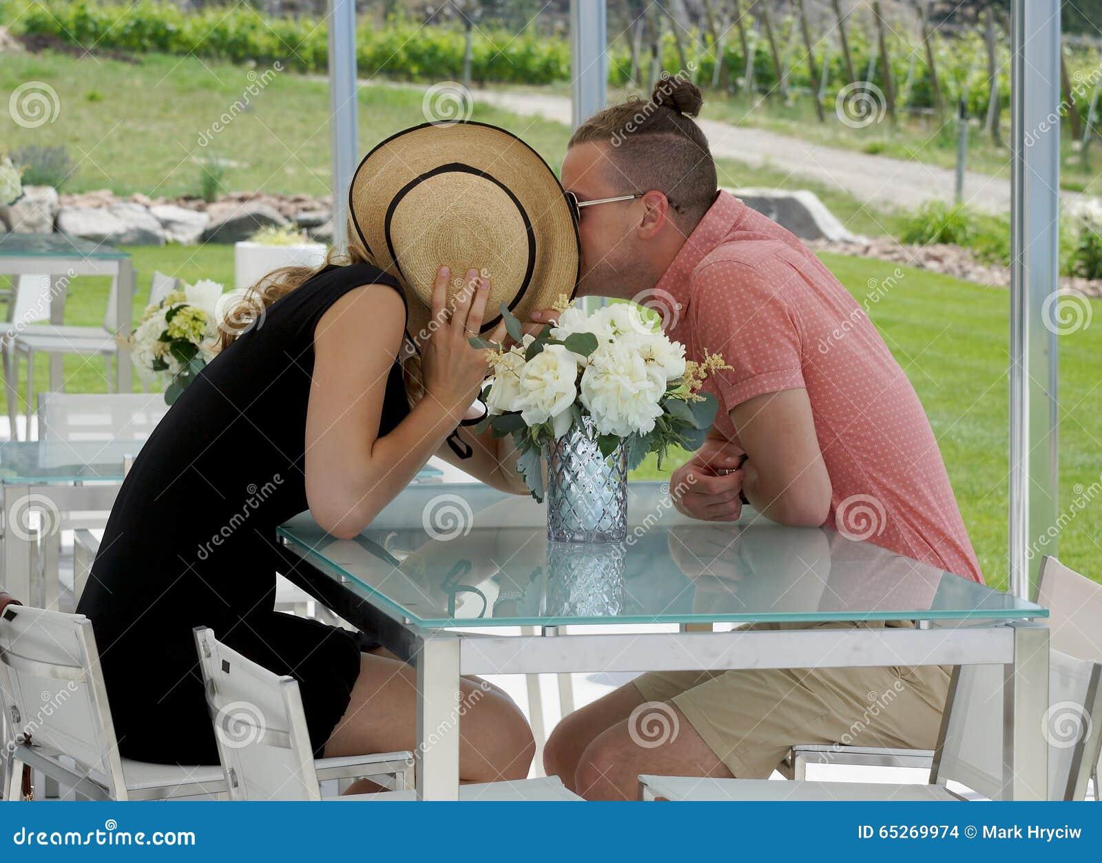 Jong romantisch paar