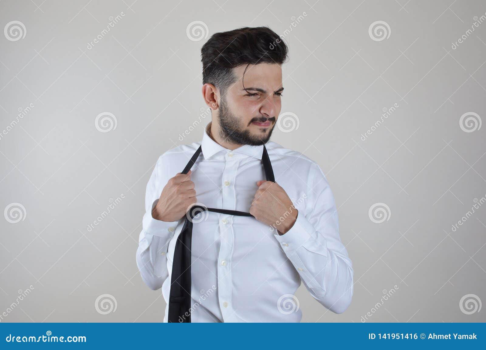 Jonge beklemtoond en gedeprimeerde zakenman