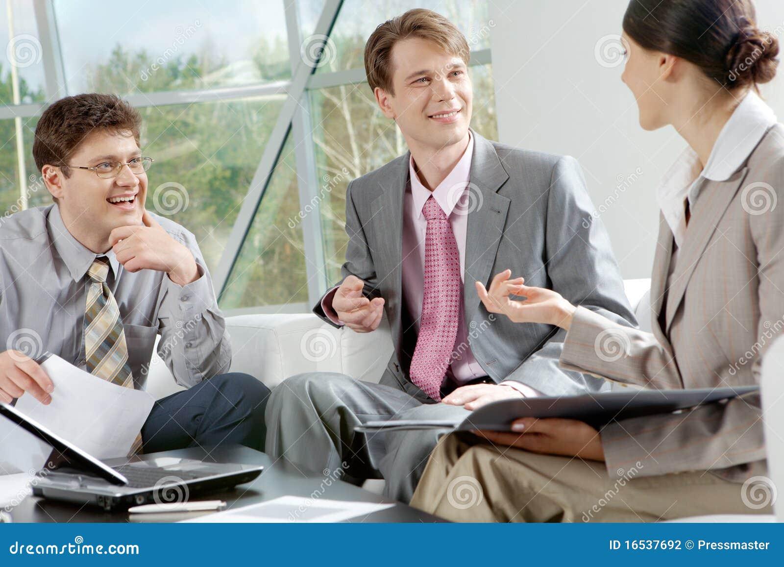 Jonge businesspeople
