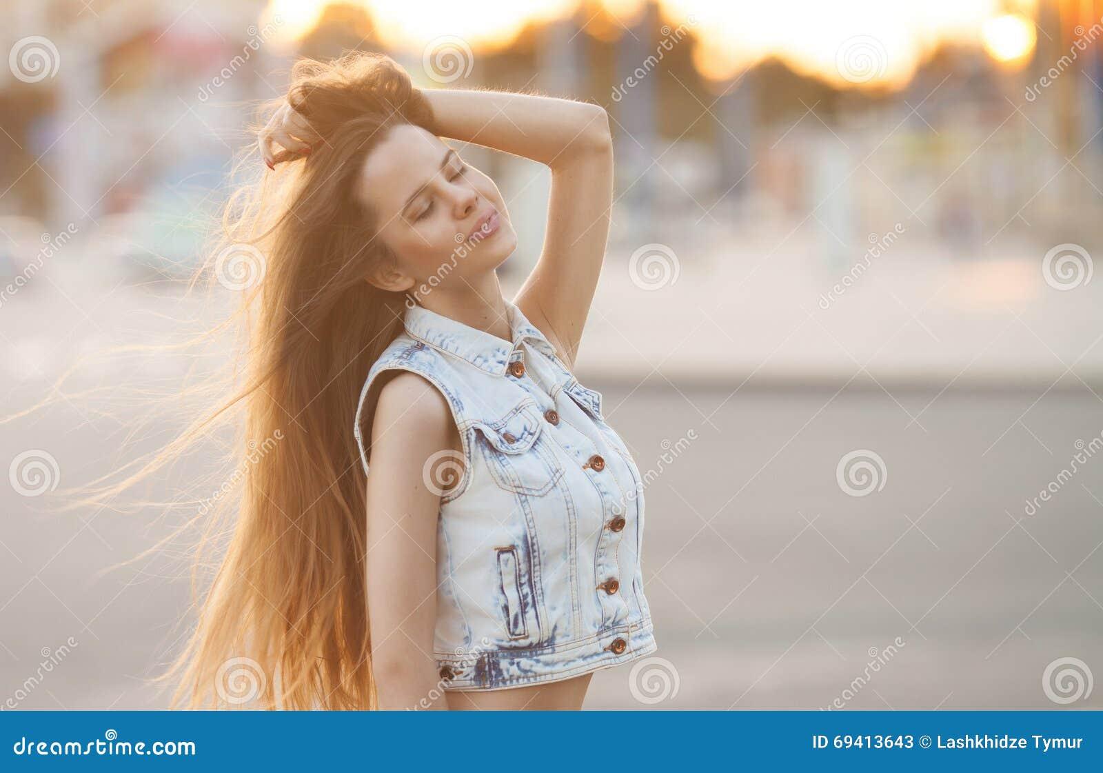 Jonge Europese aantrekkelijke sexy mannequin