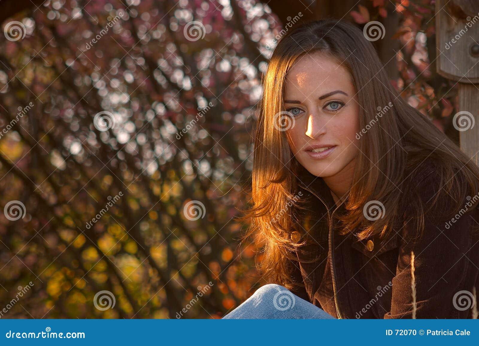 Jonge Vrouw 15