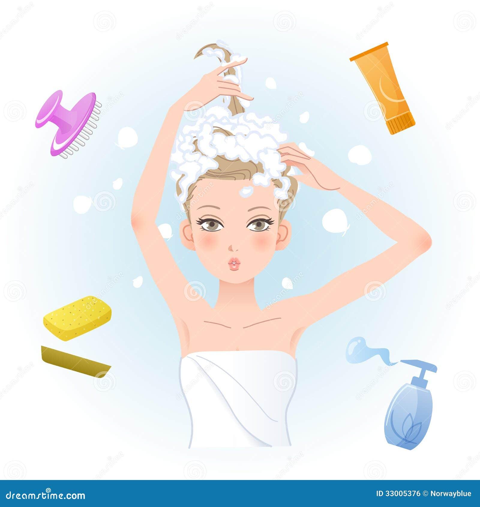 Jonge vrouw die haar haar met lichaam/haarverzorgingproducten inzepen