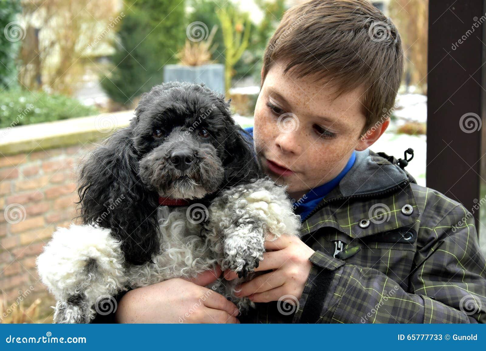 Jongen en Zijn Hond