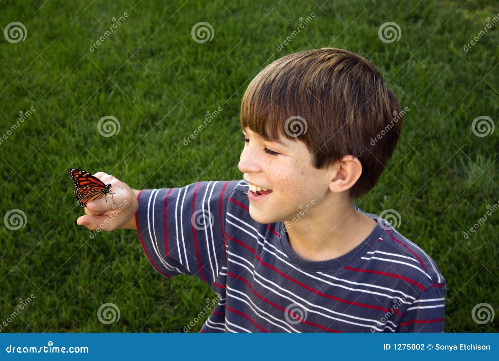 Jongen met Vlinder