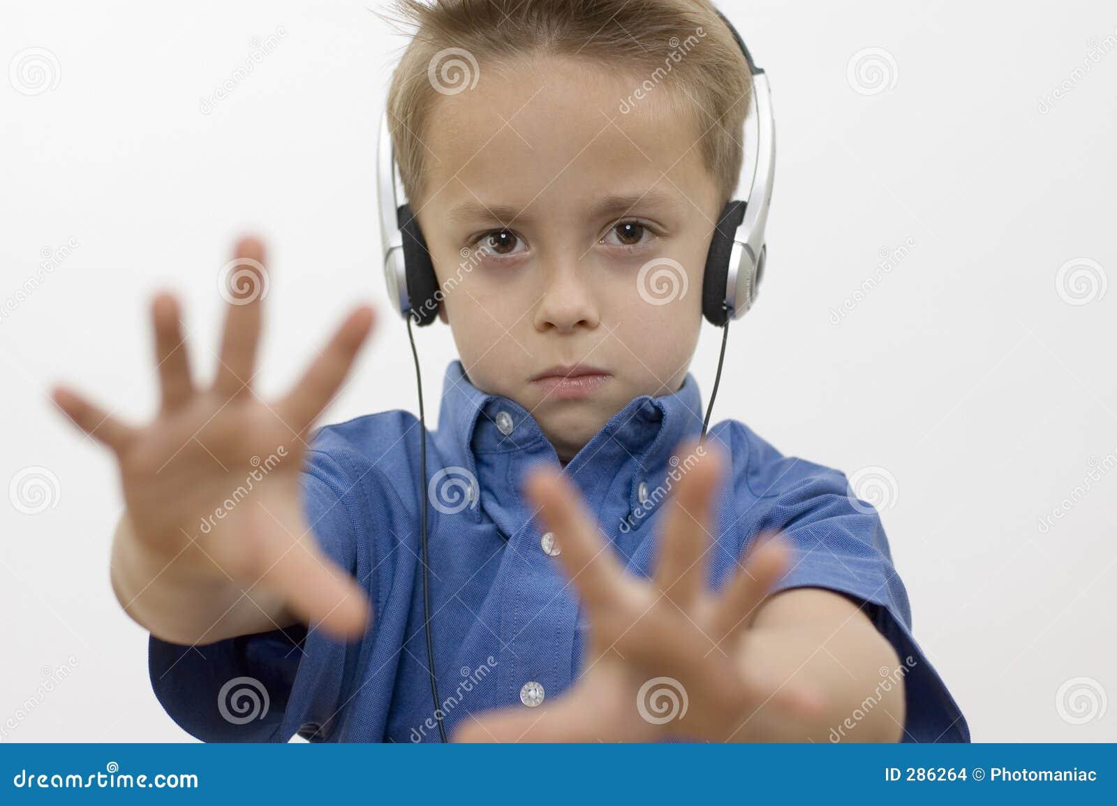 Jongen/muziek/wit