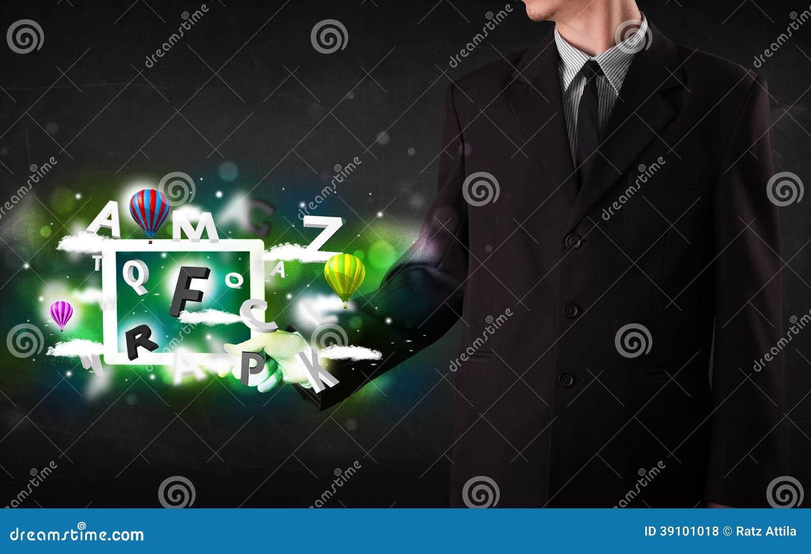 Jongere die tablet met abstracte brieven tonen