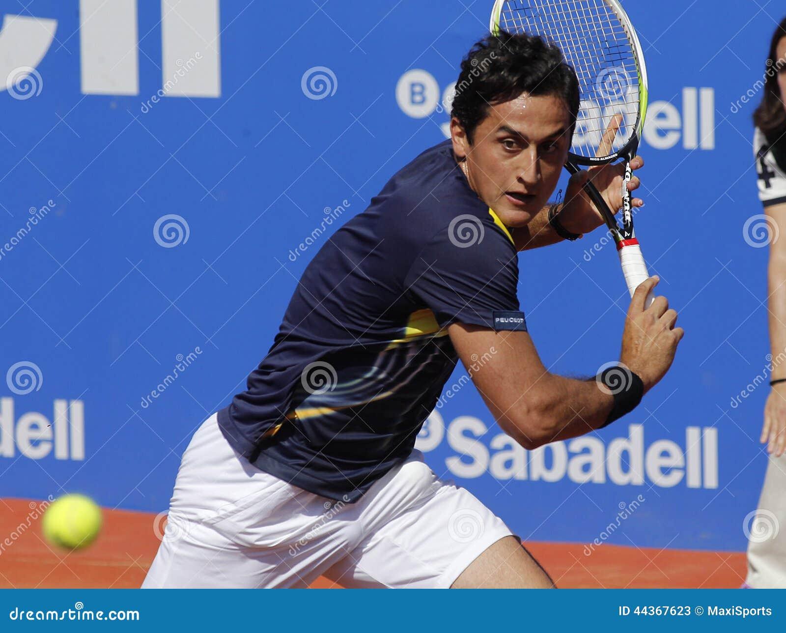 Joueur de tennis espagnol nicolas almagro photo stock ditorial image 4436 - Joueur de tennis espagnol ...