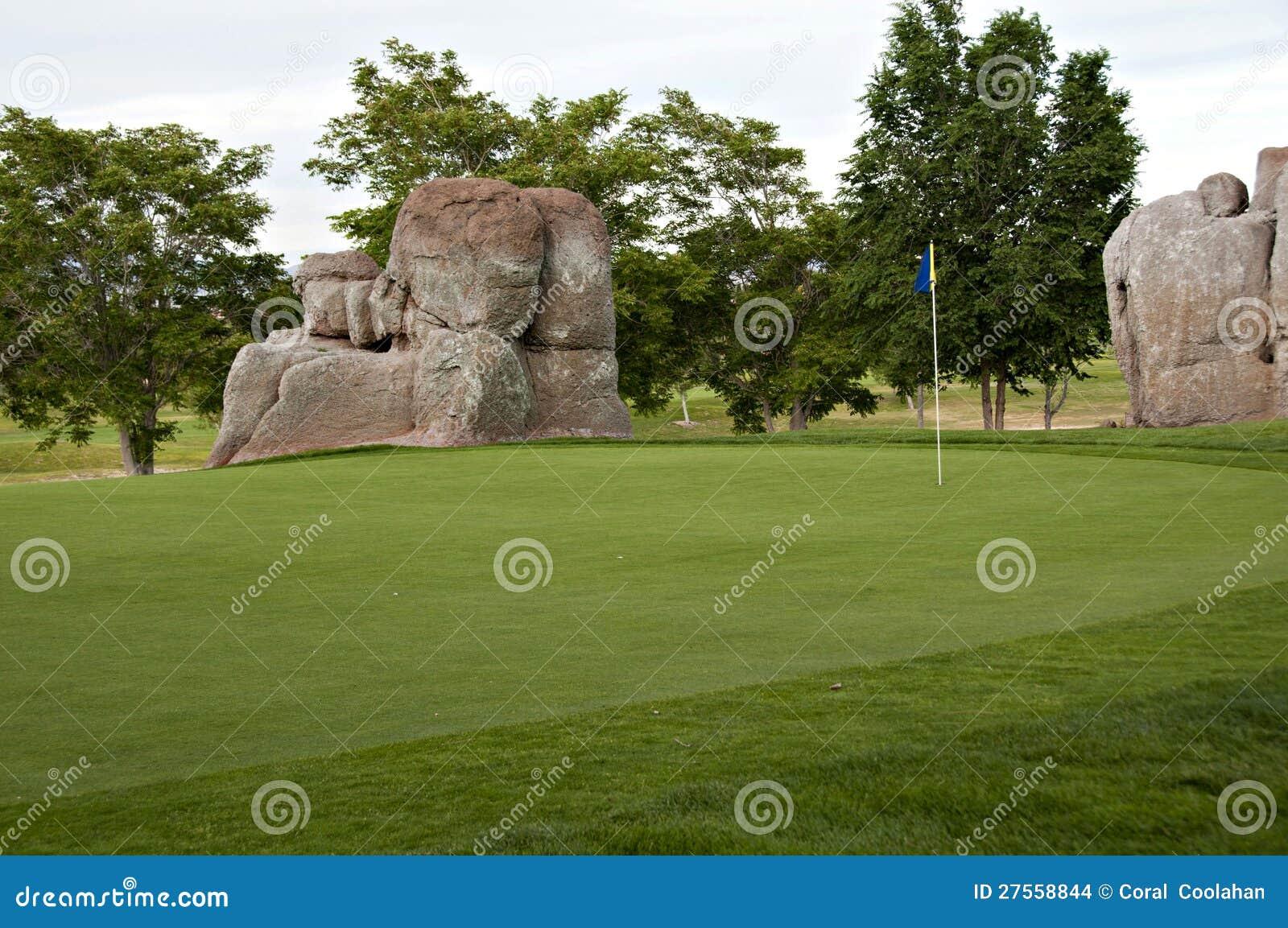Jouons au golf