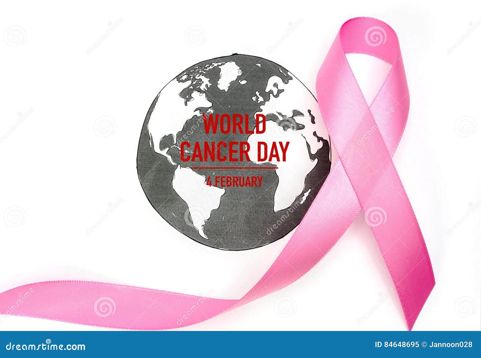 Jour de cancer du monde : Ruban de conscience de cancer du sein sur la carte du monde